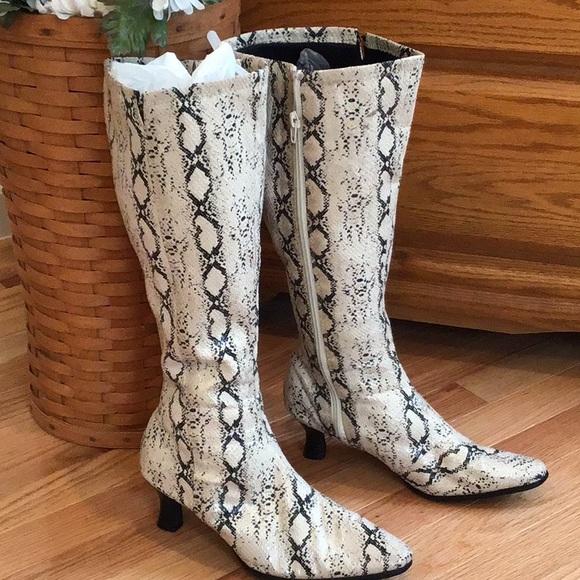 Snakeskin Look Wide Calf Boots